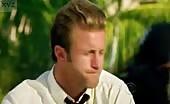 Hunk Alex OLoughlin in Hawaii Five 0