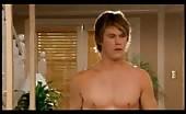 Sexy gay icon Chris Hemsworth topless